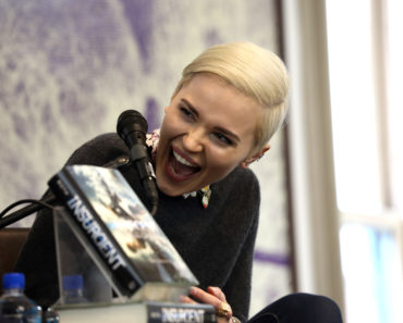 Top 10 Books by Veronica Roth