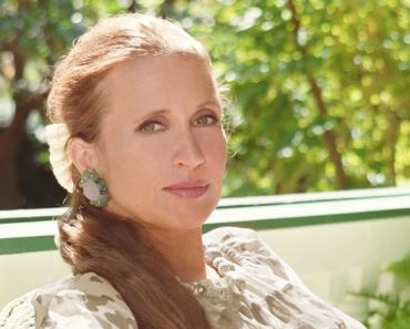 Top 10 Books by Danielle Steel