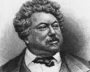Top 10 Books by Alexandre Dumas