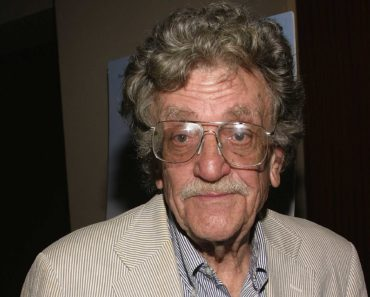 Top 10 Books by Kurt Vonnegut