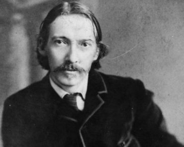 Top 10 Books by Robert Louis Stevenson