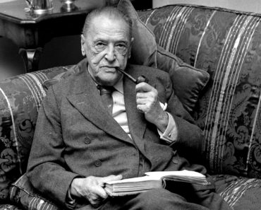 Tops 10 Books by W. Somerset Maugham