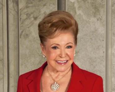 Top 10 Books by Mary Higgins Clark