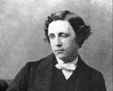 Top 10 Books by Lewis Carroll (Charles Lutwidge Dodgson)