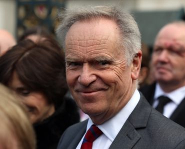 Top 10 Books by Jeffrey Archer