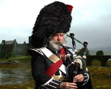 Top 10 Books About Bagpipes