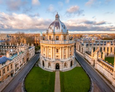 Top 10 Books about Oxford