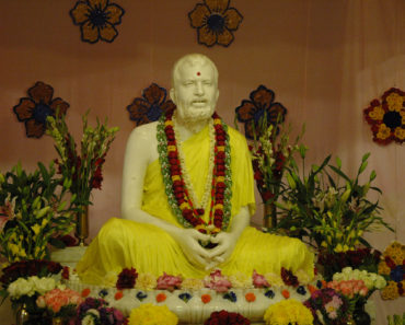 Top 10 Books on Ramakrishna