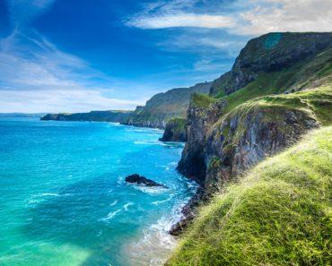 Top 10 Books on Ireland