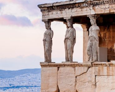 Top 10 Fiction Books Set in Ancient Greece