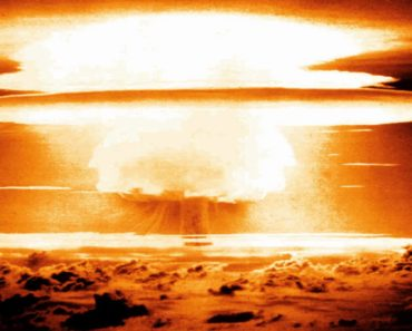 Top 10 Books on Nuclear War