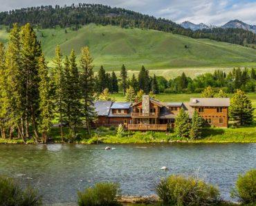Top 10 Books on Montana History