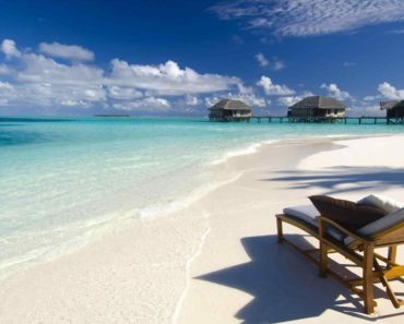 Top 10 Books on The Bahamas