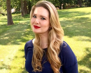 Top 10 Books by Sarah J. Maas
