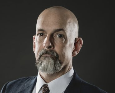 Top 10 Books by Neal Stephenson