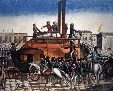 Popular Books on French Revolution