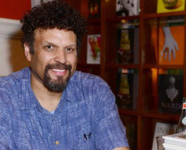 Top 10 Books by Neal Shusterman