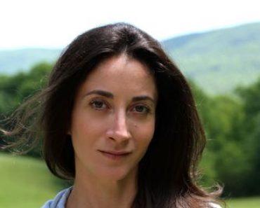 Lauren Oliver